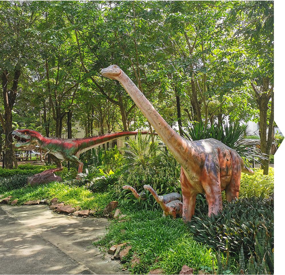 animatronic dinosaurs (1)